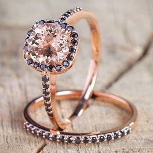 💕Gorgeous rose gold ring